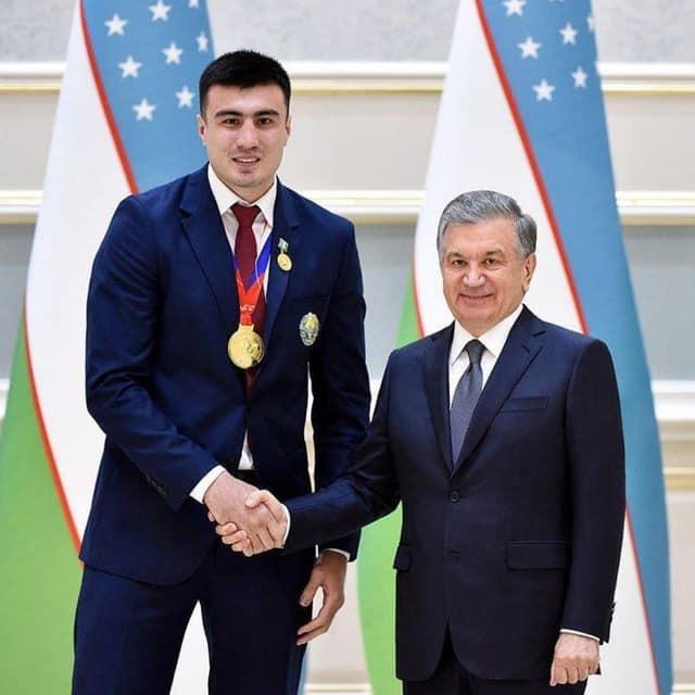 Bakhodir Jalolov : L'autre Arslanbek Makhmudov